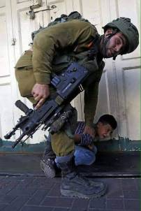 cowardly IDF israel jew soldier 32871762_1910250589264900_9199032770720956416_n